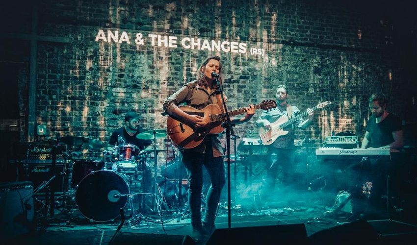 Ana & The Changes
